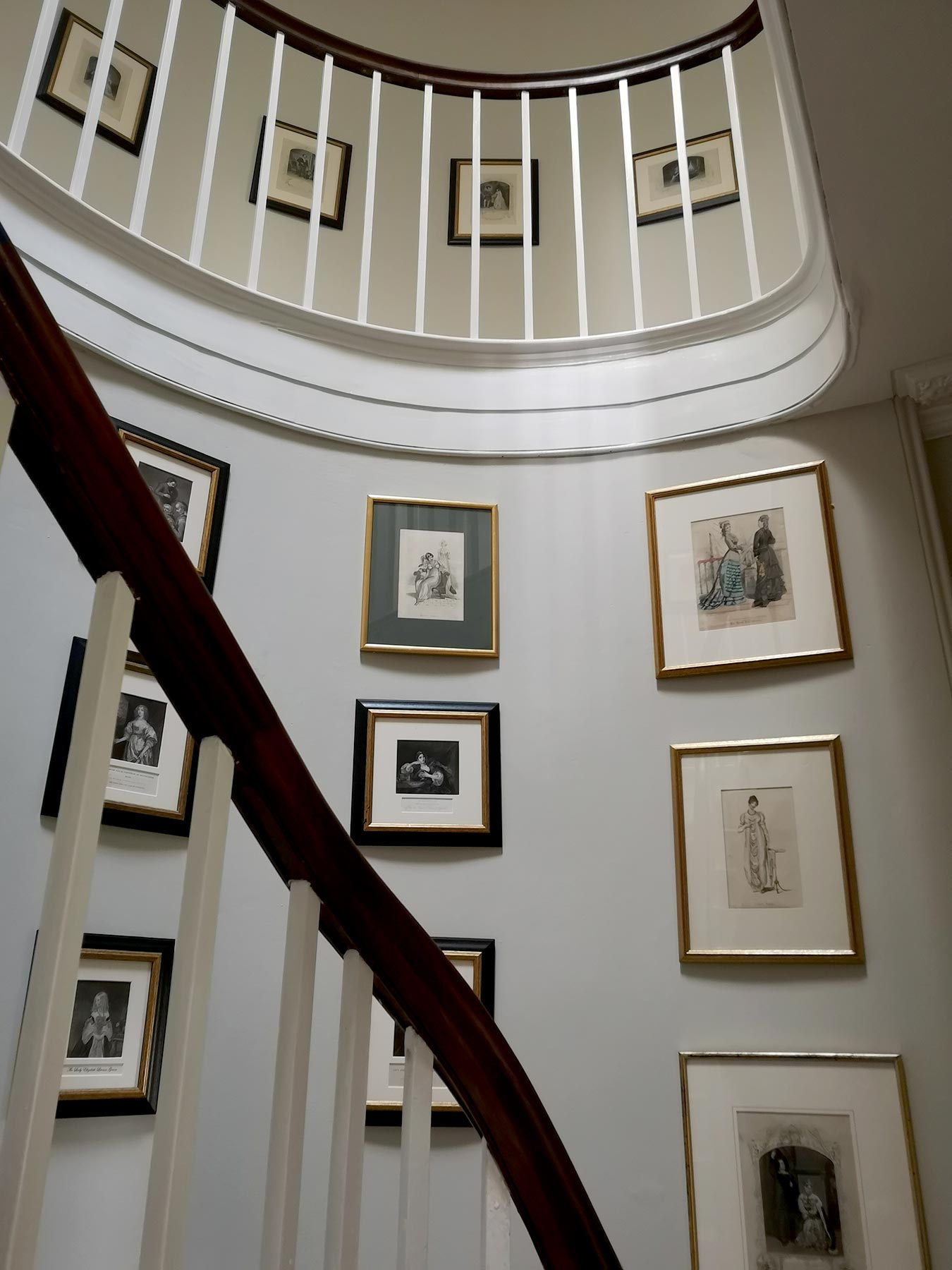 Helena Clarke – Painter Decorator, colour consultant – staircase